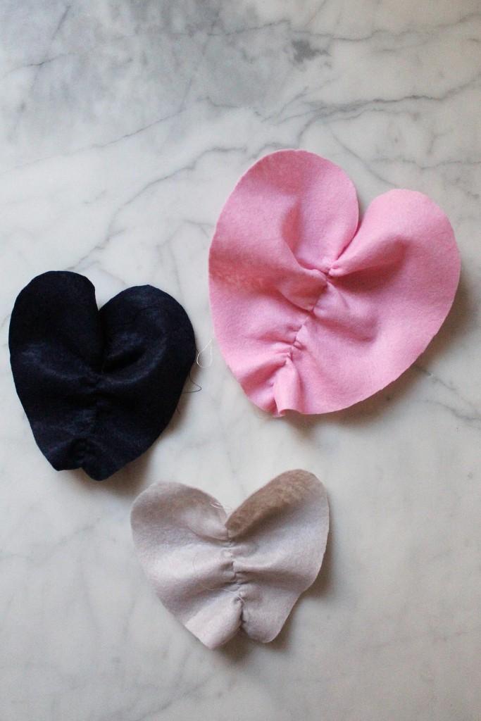 DIY ruffle hearts