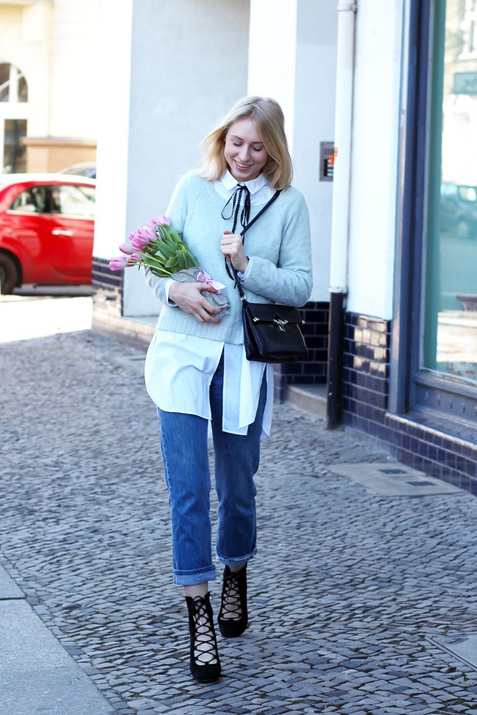 Schluppenbluse & Jeans
