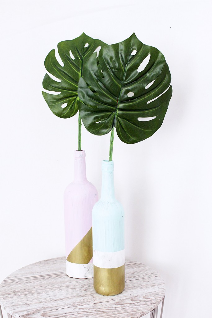 Monstera decoration