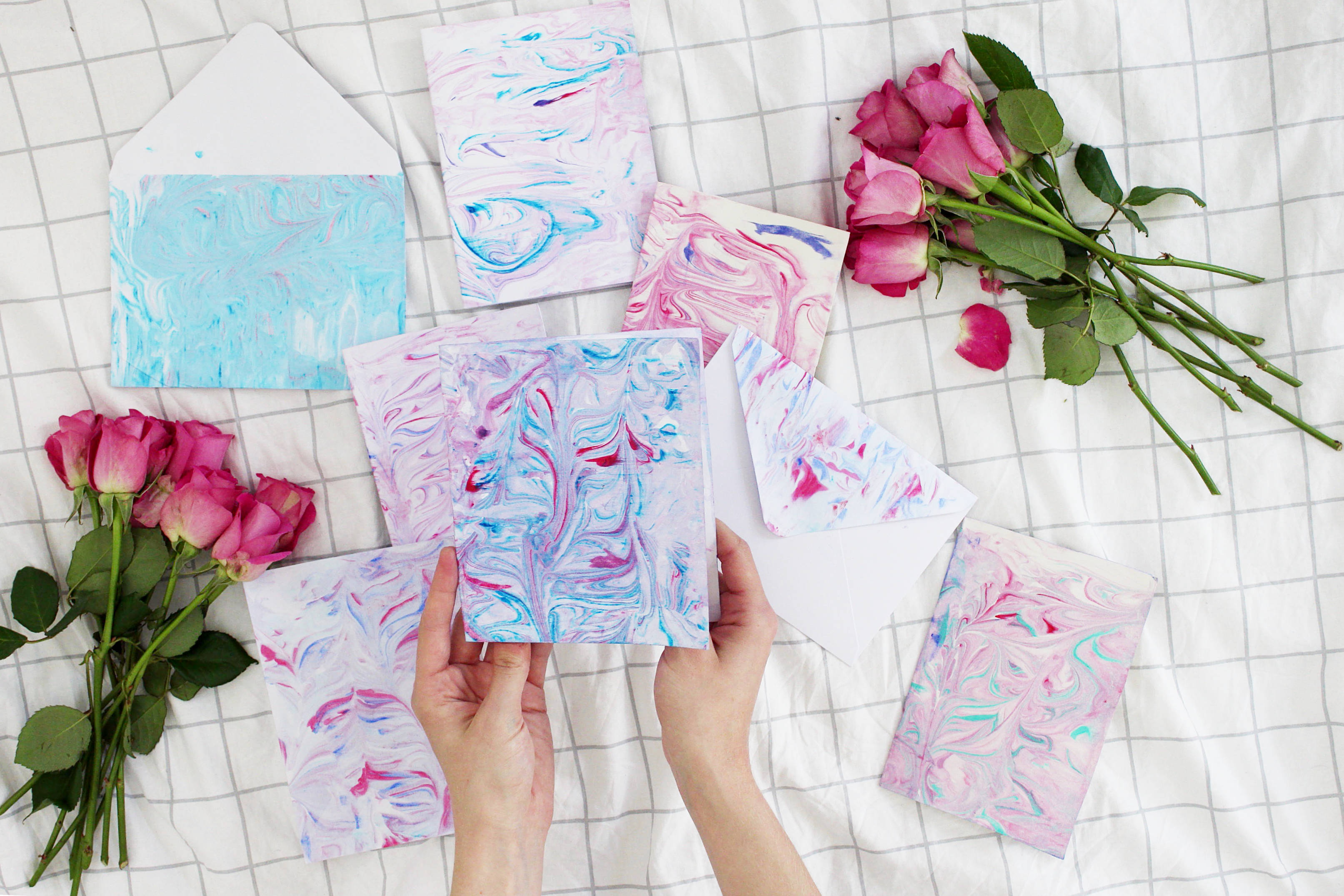 DIY-Marmoriertes-Papier-Madmoisell