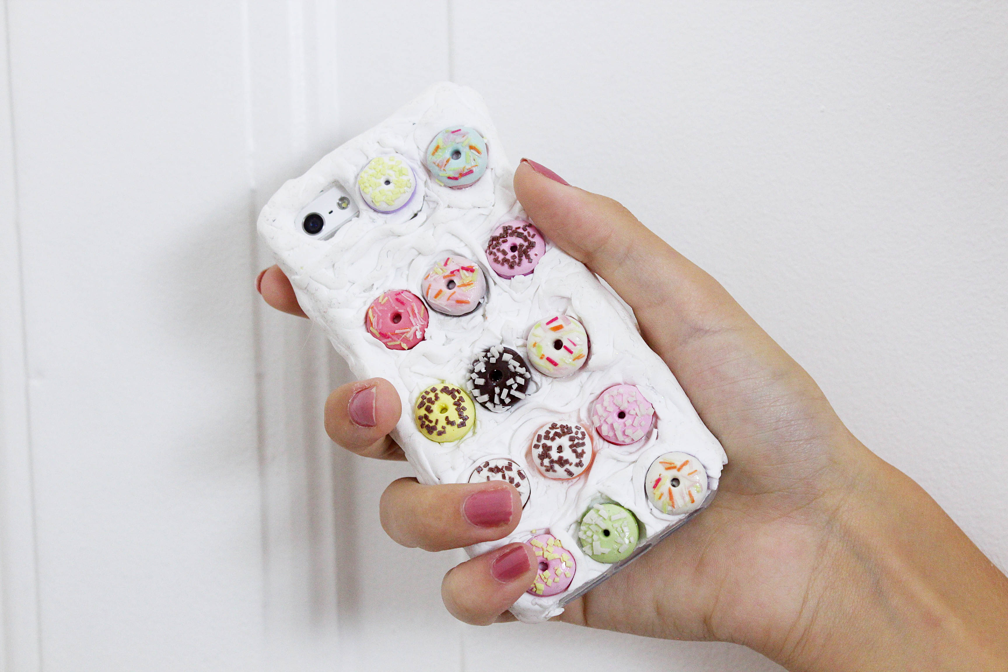 DIY-iphone-case-handyhülle-selbermachen-donuts-fimo-diy-blog