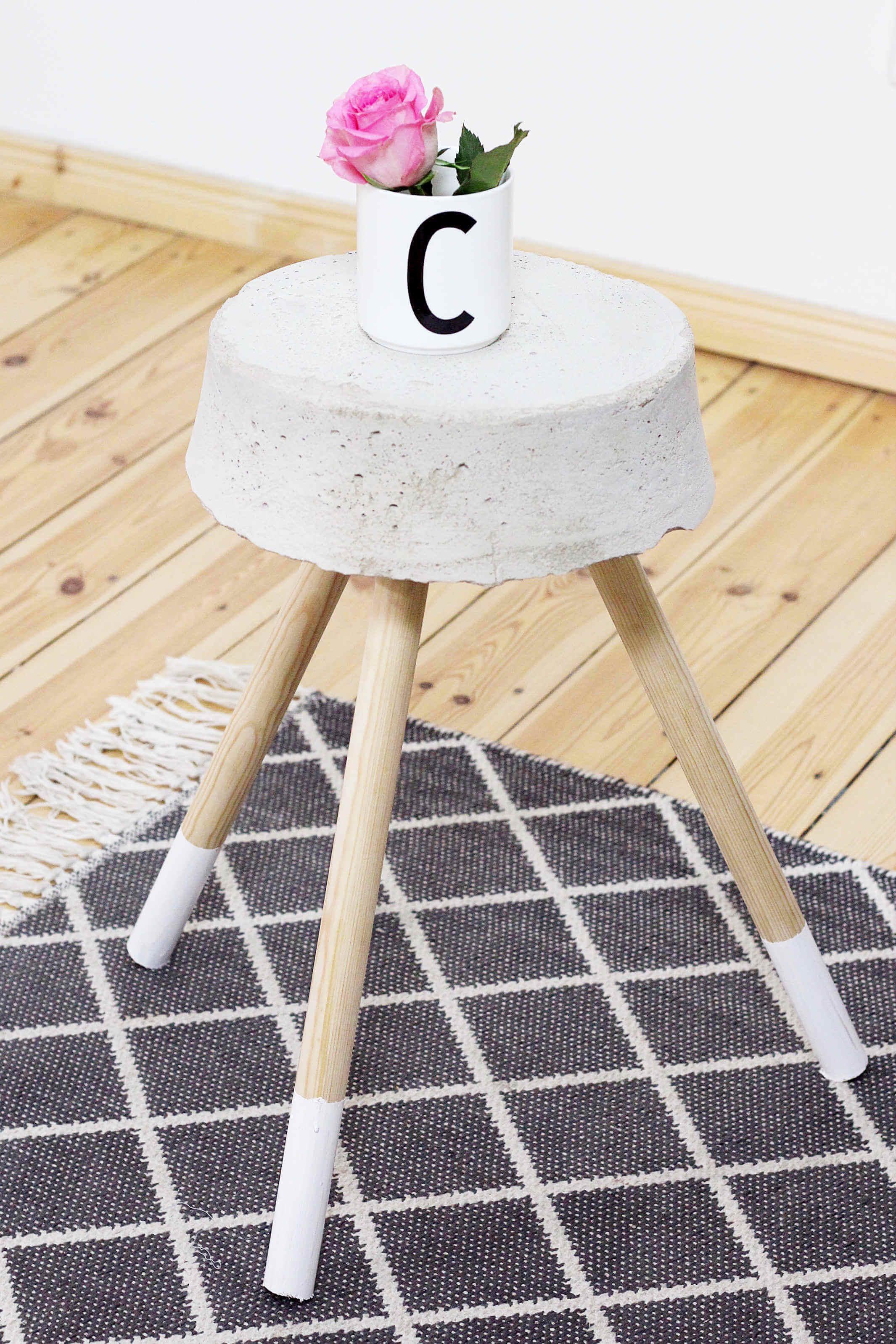 diy beton hocker zum selber bauen: stylisches wohn-accessoire