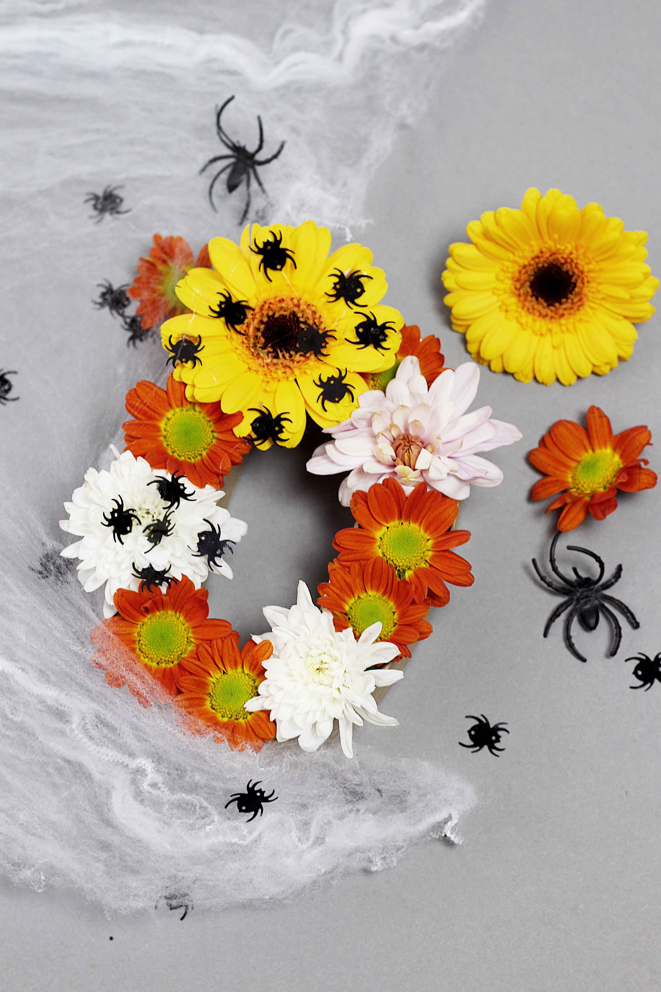 halloween-deko-basteln-blumen-diy-blog-madmoisell