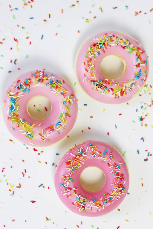seife-selbst-herstellen-mit-kinder-in-donut-form-diy-blog-berlin