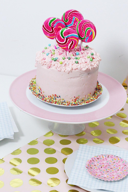Party-Geburtstags-Torte-Kuchen-backen-mit-streuseln-rezept-DIY-Blog-4