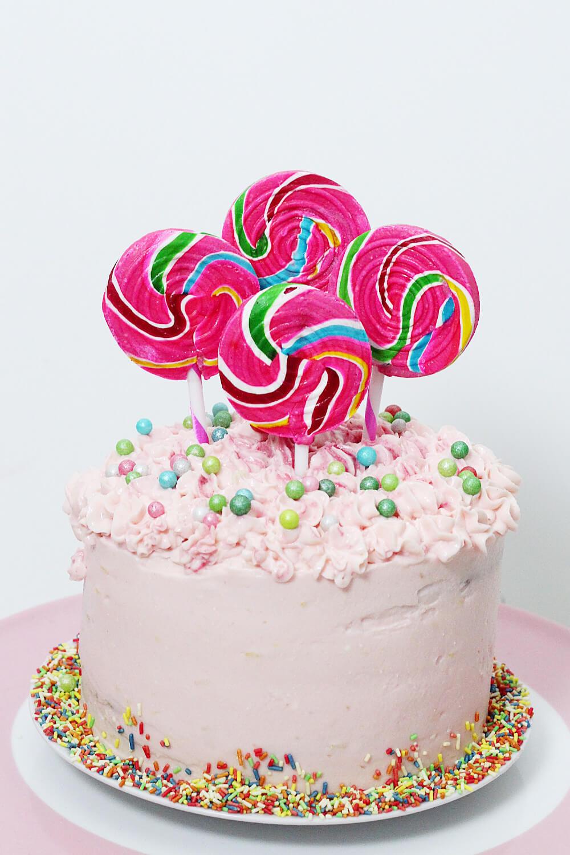 Party-Geburtstags-Torte-Kuchen-backen-mit-streuseln-rezept-DIY-Blog