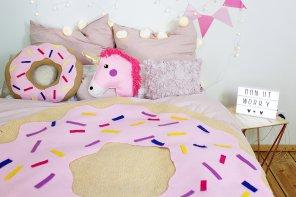 DIY Donut 🍩 Decke ohne Nähen selber machen: Bunte Zimmer Deko im Tumblr-Style