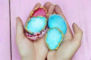 DIY Kristalle selber züchten mit Alaune und Eierschalen – Einfach & Günstig