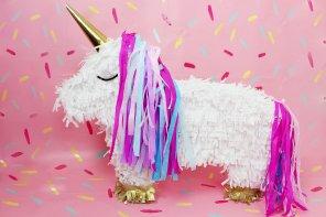 DIY Einhorn Piñata selber machen – Einfache DIY Idee für deine nächste Party!