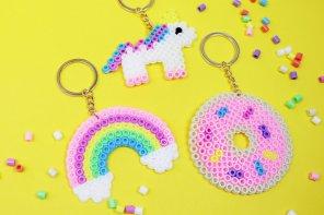 DIY Schlüsselanhänger aus Bügelperlen selber machen: Einfache DIY Geschenk Idee 🎁