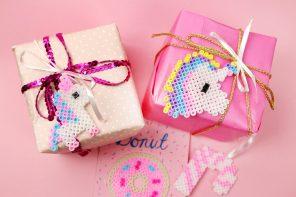 Geschenke kreativ verpacken für Weihnachten: Einhorn Ideen mit Bügelperlen