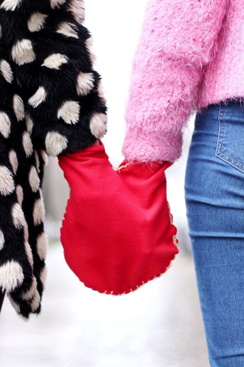 Pärchen-Handschuhe selber nähen: DIY Geschenke für Freund/Freundin