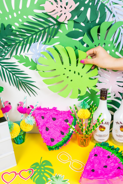 Sommer Party DIY Idee Blätter Girlande selber basteln DIY Blog